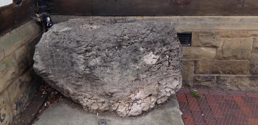 Huail stone Ruthin
